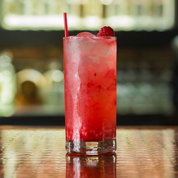 2015-american-fifth-drinks-RAZZLE-DAZZLE-WEB